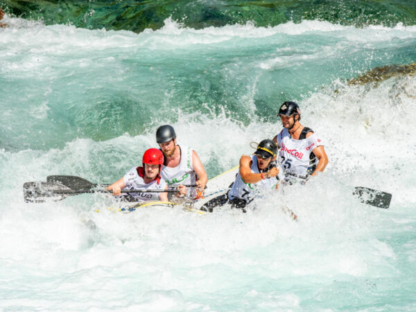 whitewater rafting in the Savegre River