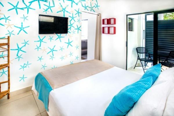 #6 Grand Villa Bedroom TV