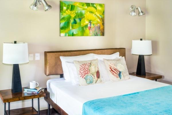 #8.5 Tree Villa Bed